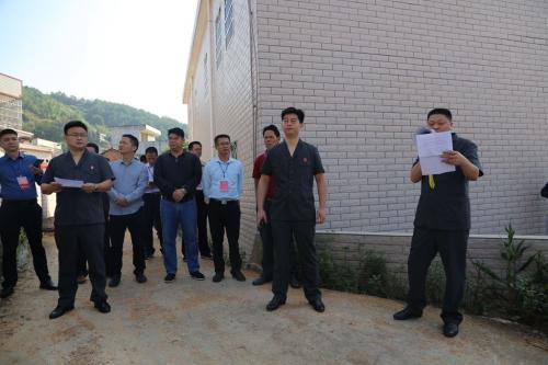 10月19日上午,五华法院党组书记、代院长率队执结一起相邻通行纠纷案件